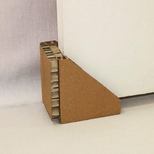 Защитный уголок для мебели