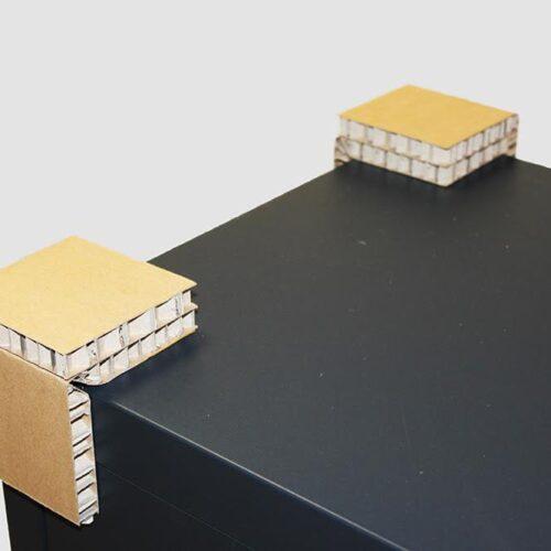 Пример использование уголка.