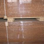 Защитные уголки из картона при паллетировании сотовых поддонов